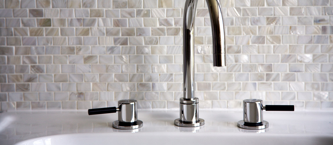 Mother-of-Pearl-white-brick-Feature